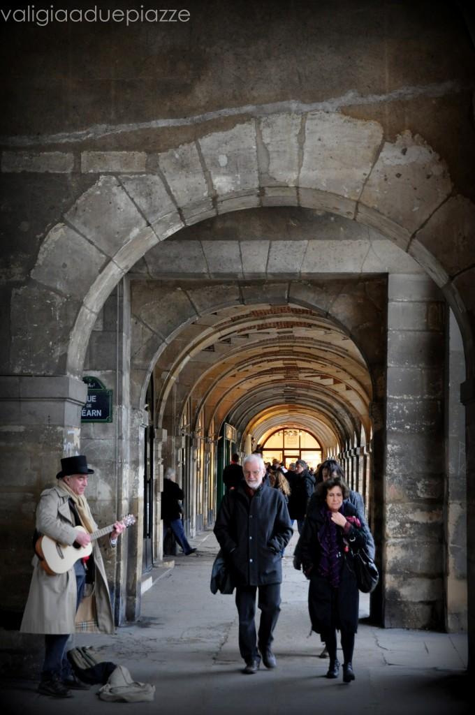 Il porticato di Place des Vosges
