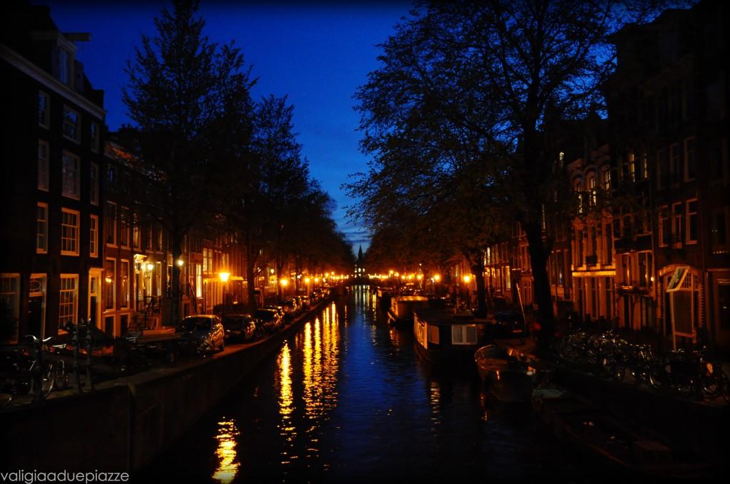 canali di notte amsterdam