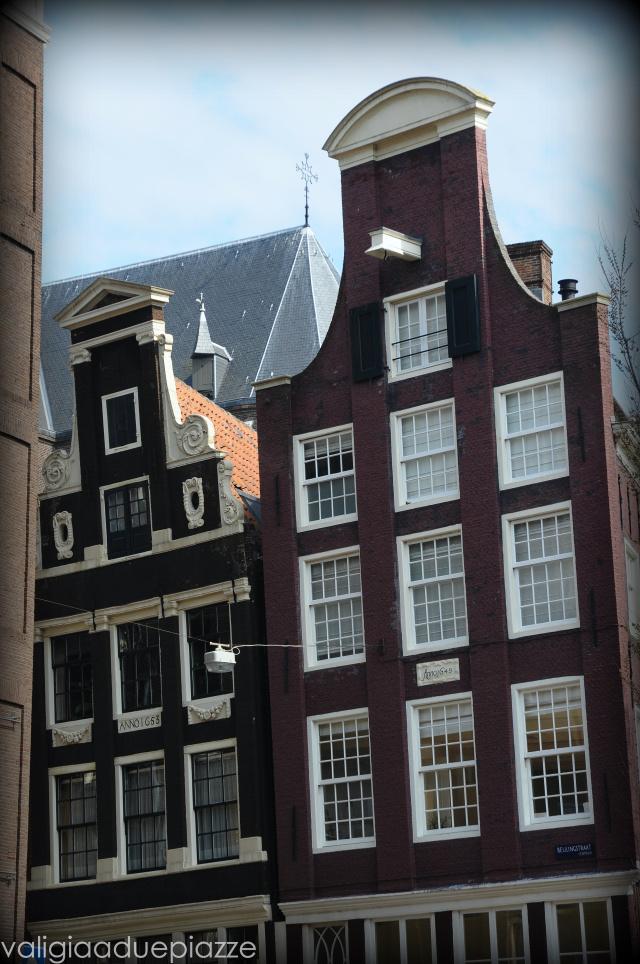 amsterdam case inclinate