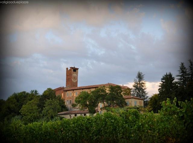 Perdendosi al tramonto tra le colline nei dintorni di Rosignano Monferrato