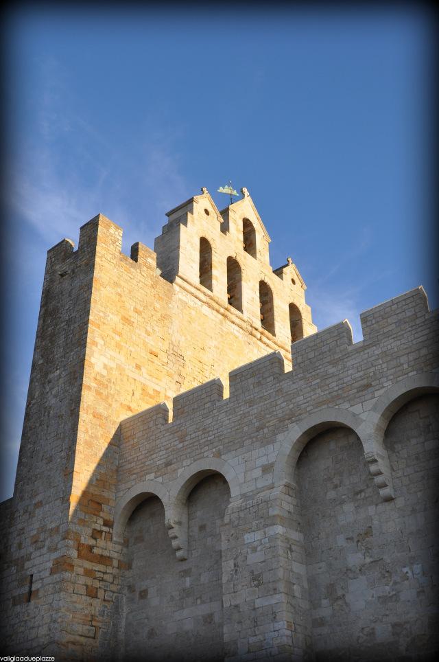 La chiesa fortezza di Saintes Maries