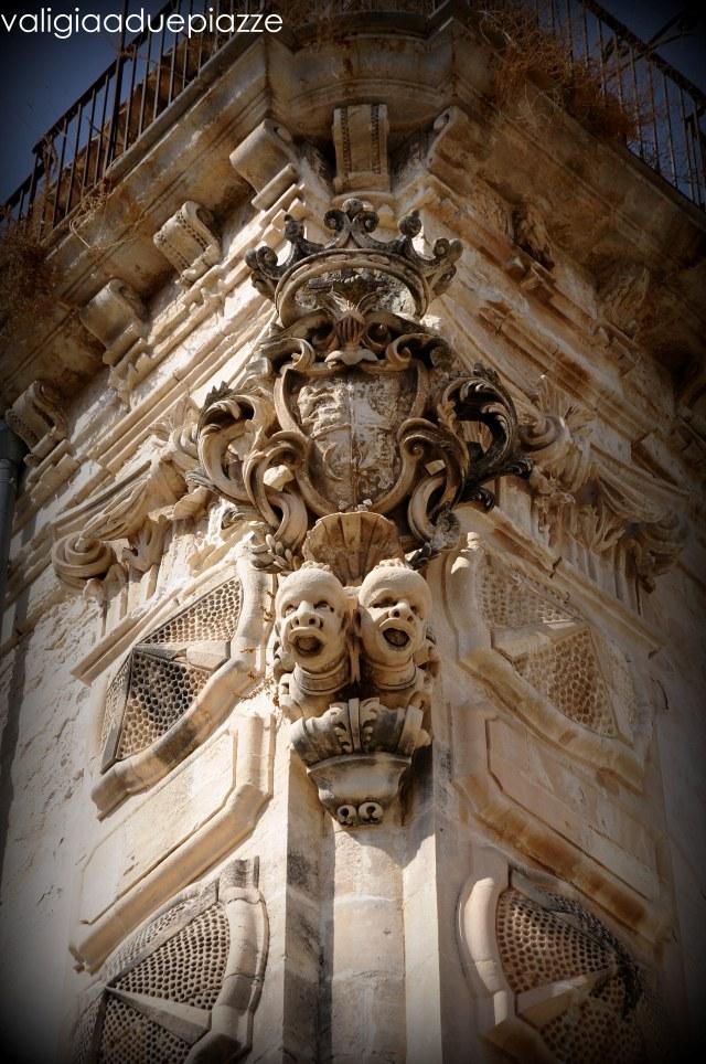Palazzo Beneventano particolare