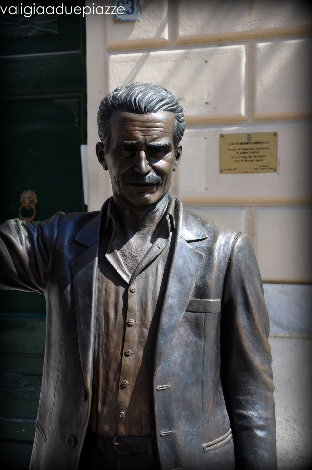 Statua Montalbano Porto Empedocle
