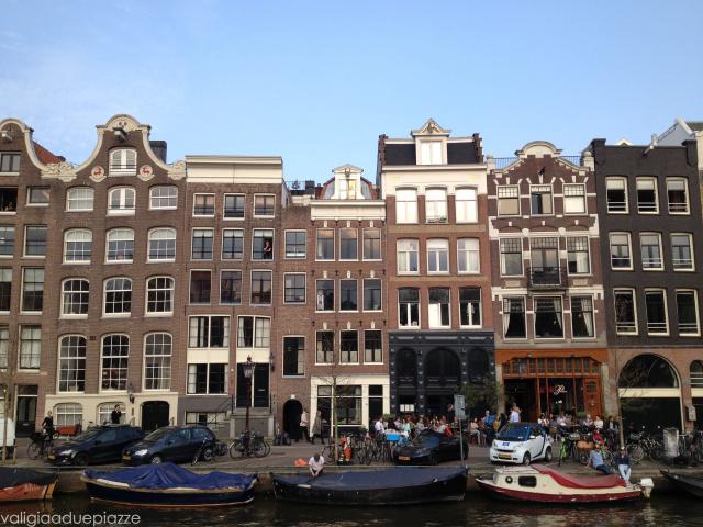 barche sul canale Amsterdam