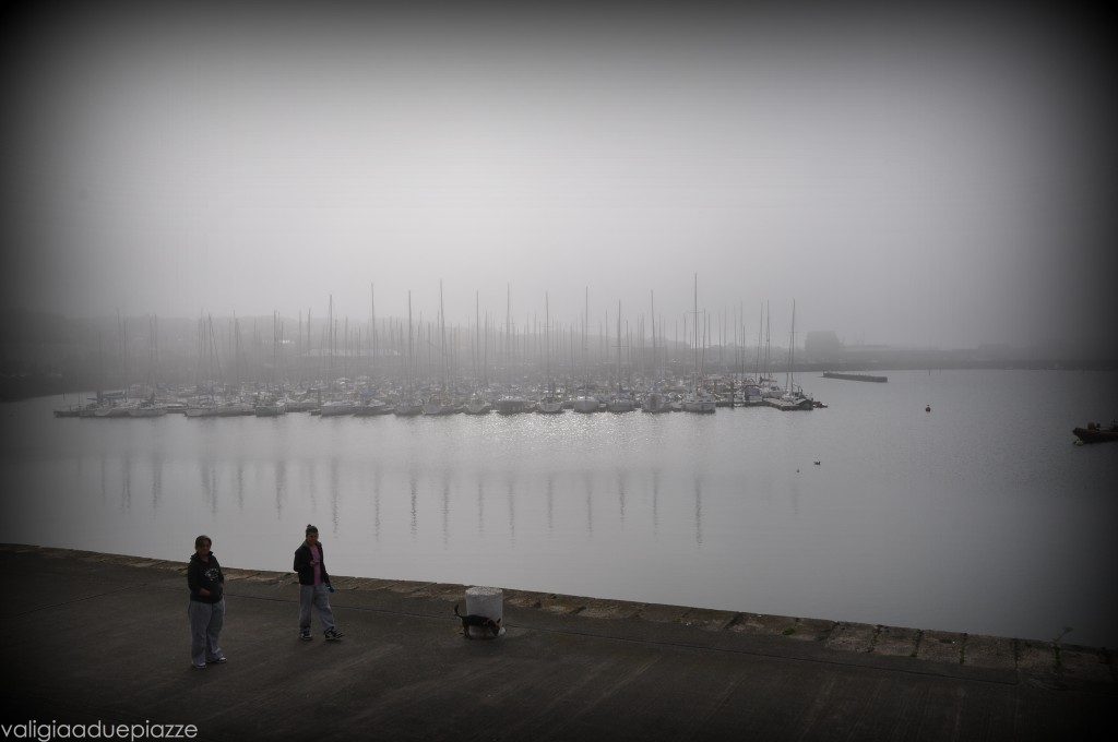 Howth pontile nebbia