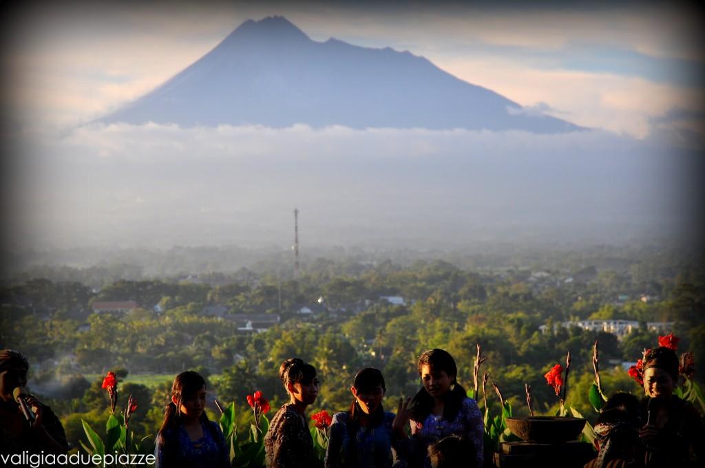 Tramonto Gunung Merapi vulcano