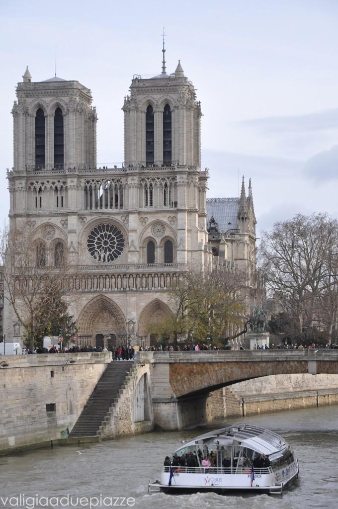 Notre Dame Natale Parigi