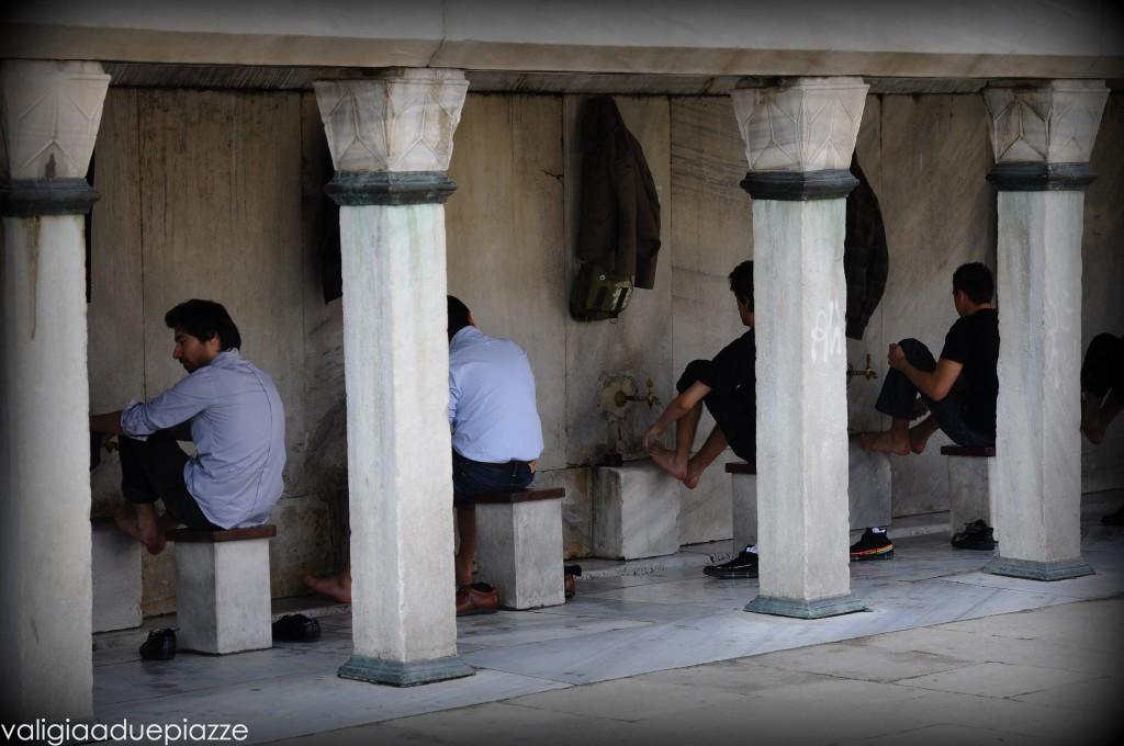 Lavaggio dei piedi Istanbul