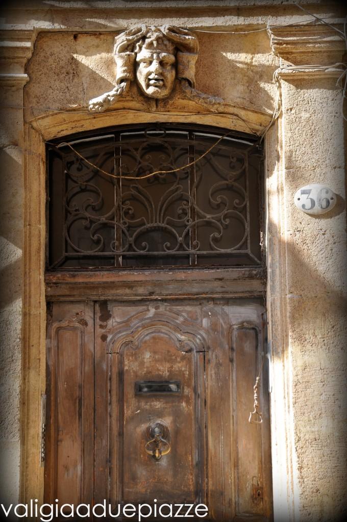 Dettaglio porta Aix en Provence