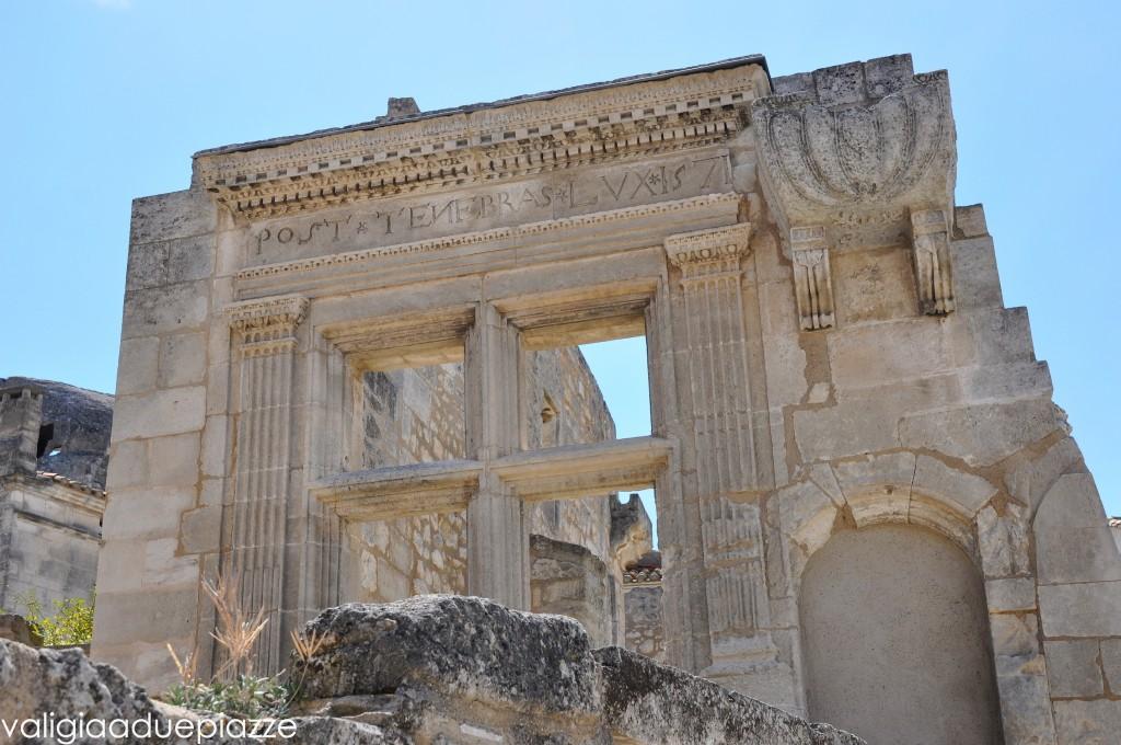 Antiche rovine di Les Baux Provenza