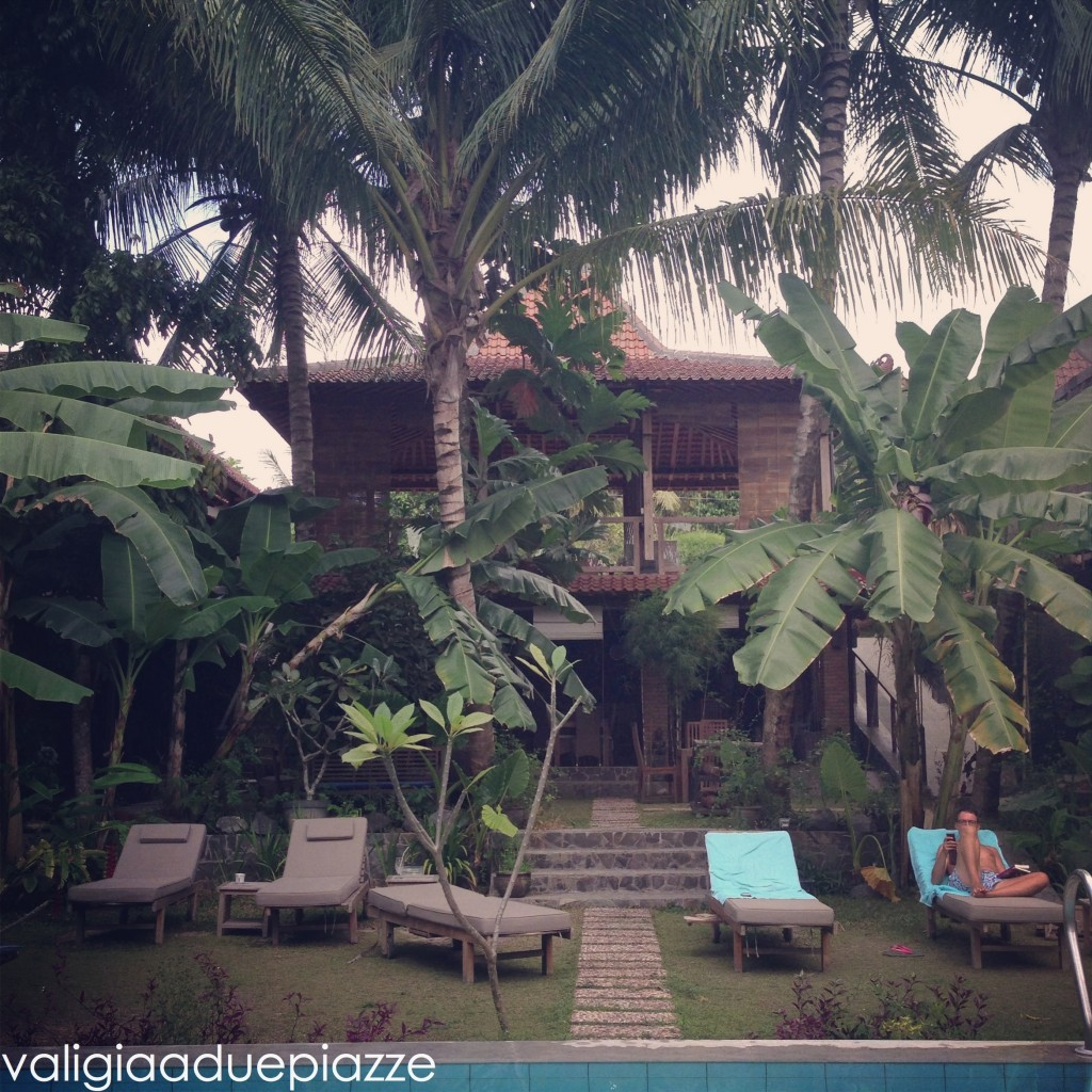 piscina esterno Astuti Gallery Homestay Yogyakarta