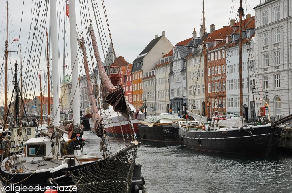 canale di nyhavn copenaghen