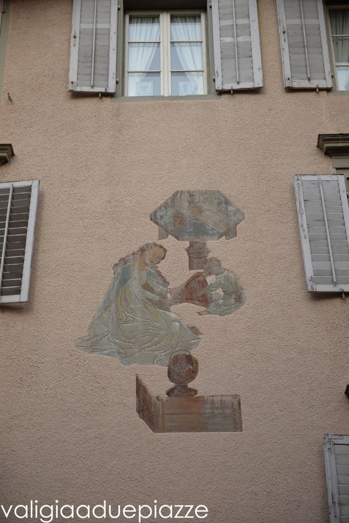 affreschi case storiche città vecchia lucerna
