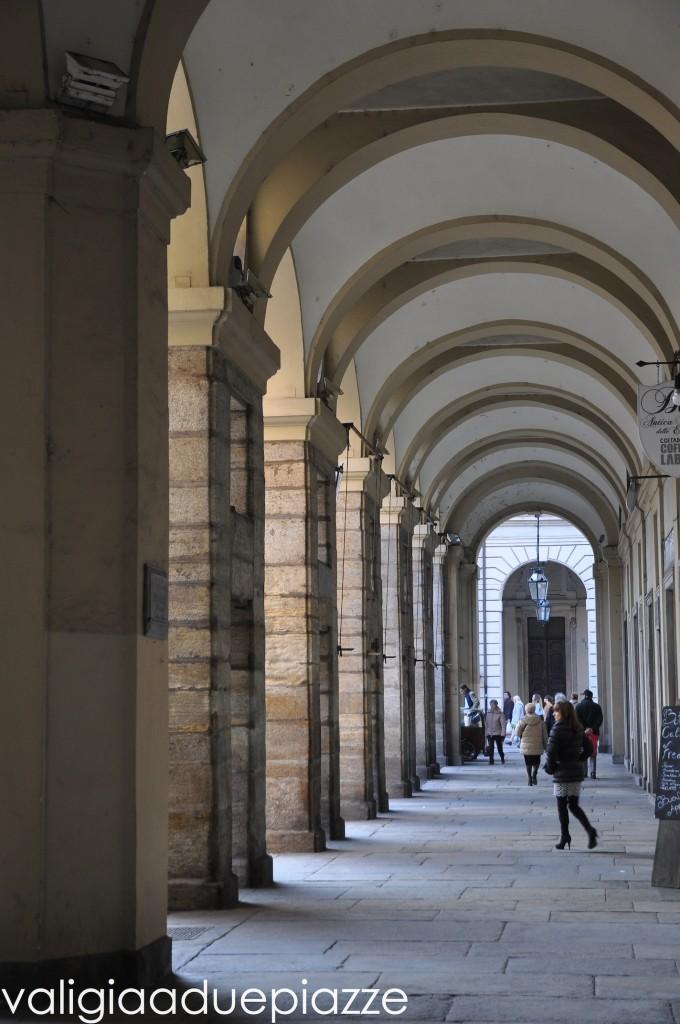 I portici di via Palazzo di Città a Torino