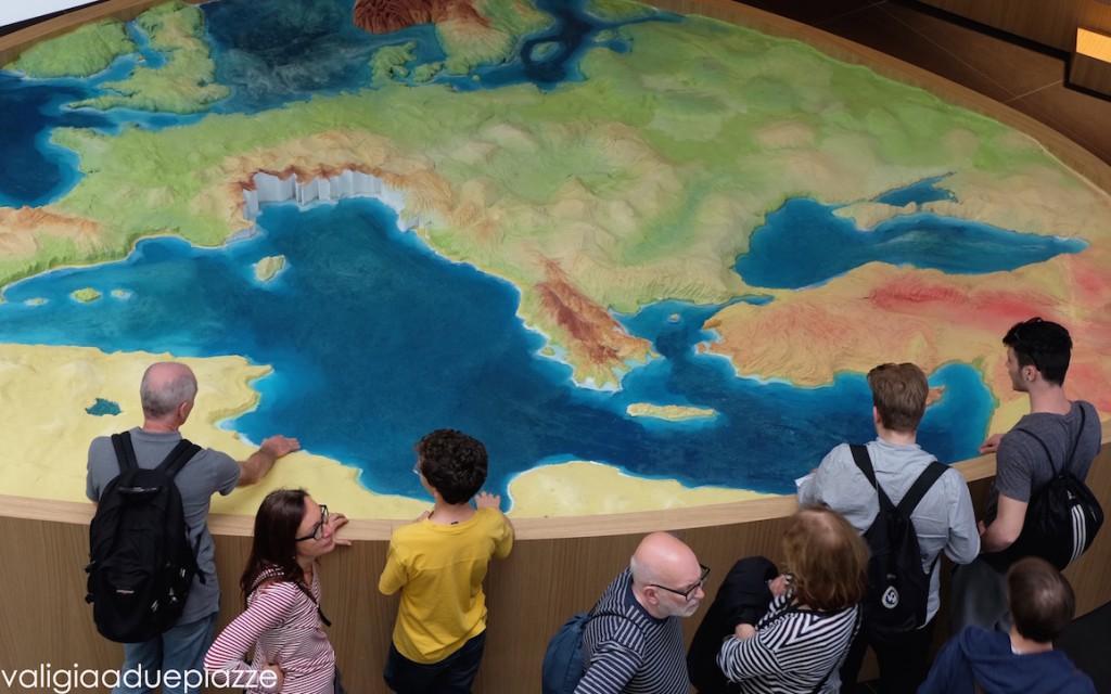 Il grande vuoto nel Mediterraneo lasciato dall'Italia che non c'è.