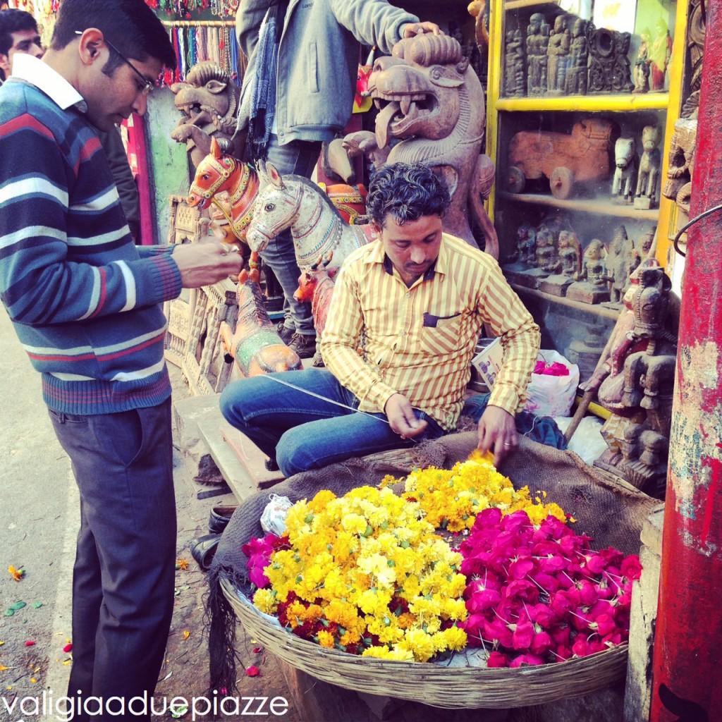 fiori per offerte indù pushkar