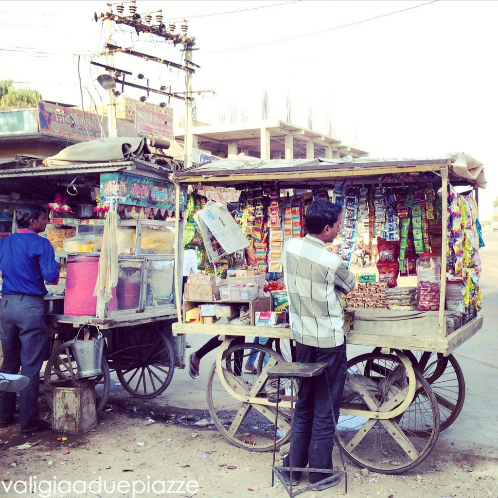 venditori ambulanti oasi Osyian India