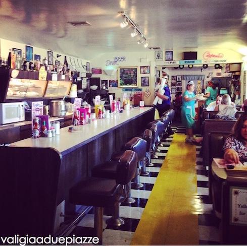 peggy sue's roadside diner california