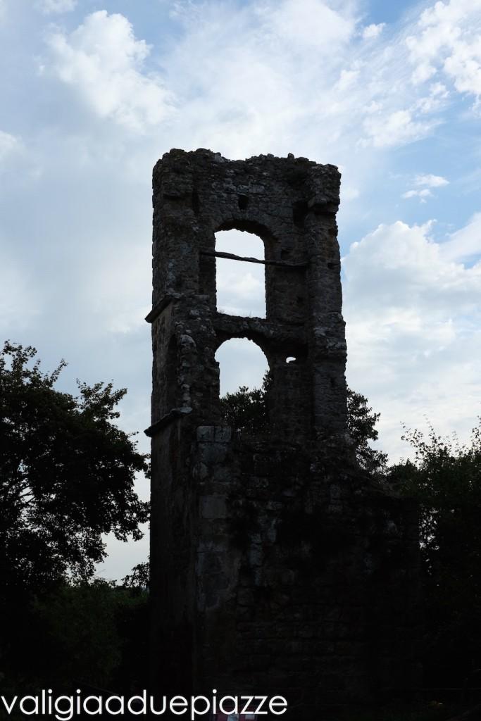 campanile antica monterano