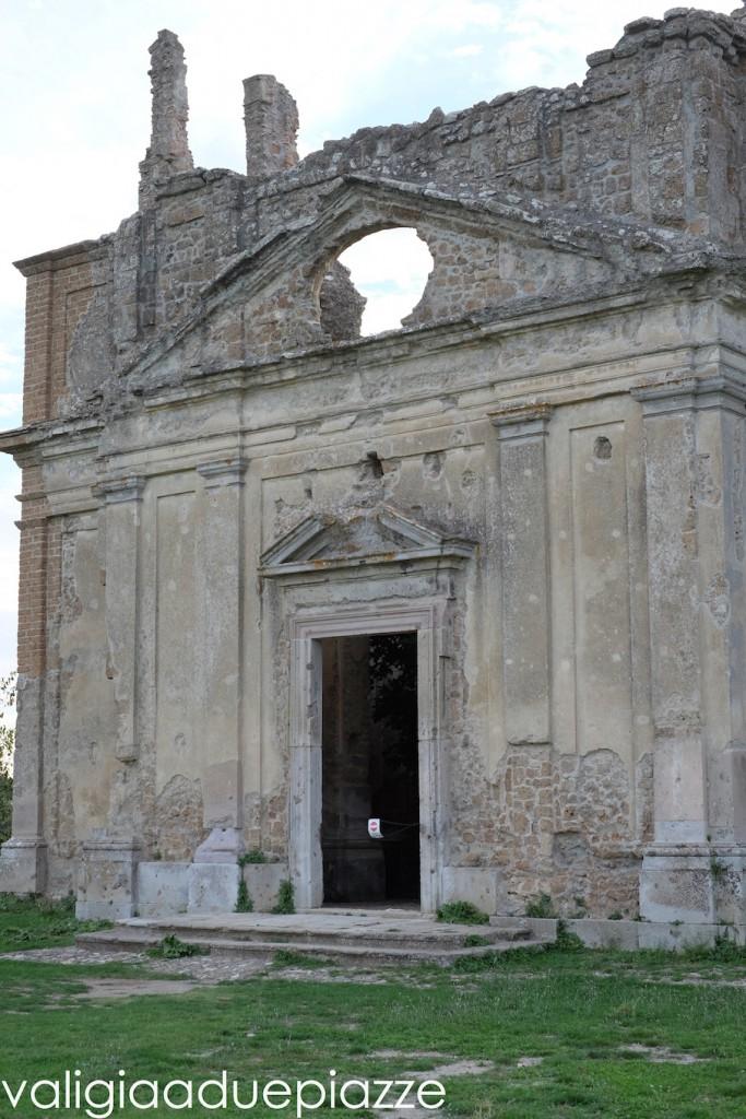 chiesa antica monterano