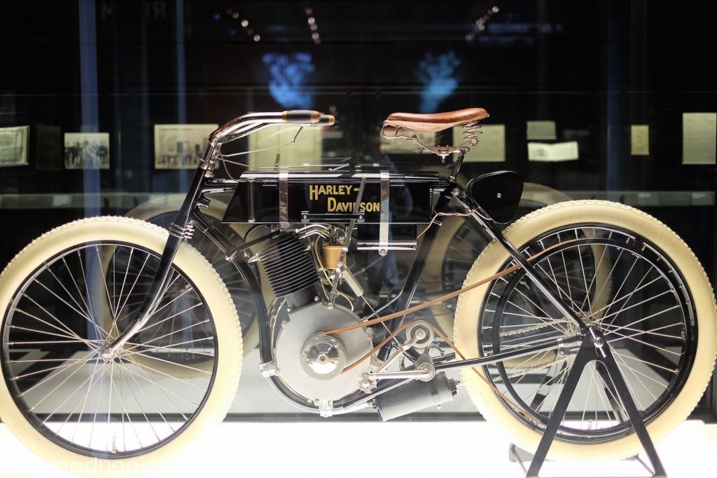 Il primo modello di Harley Davidson è del 1903.