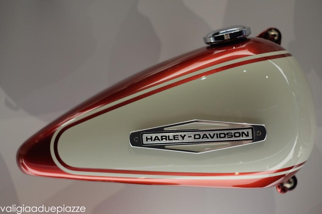 serbatoio goccia harley davidson