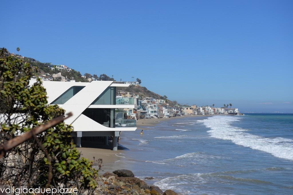 case sulla spiaggia di malibù