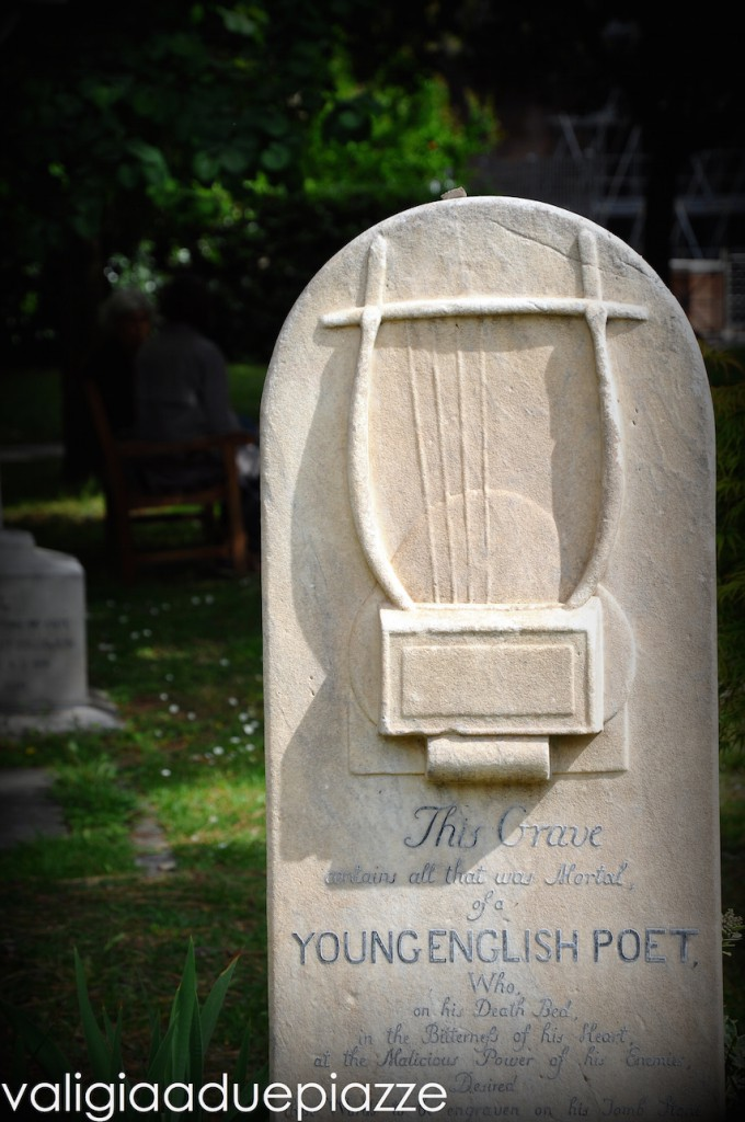 tomba poeta john keats