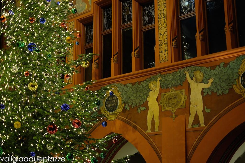 Rathaus basilea albero di natale