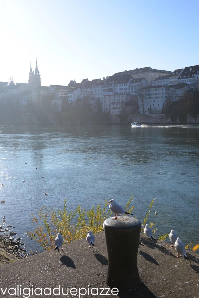 lungofiume reno svizzera basilea