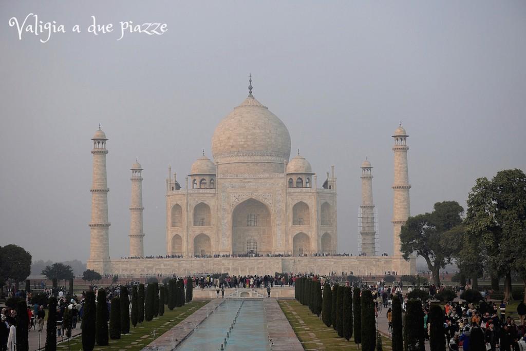 taj mahal mausoleo agra india
