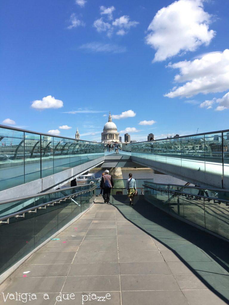 Millennium Bridge Londra