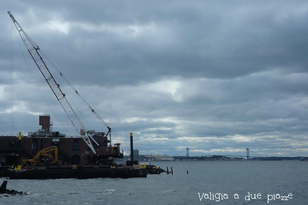 vecchio porto industriale red hook ponte verrazzano