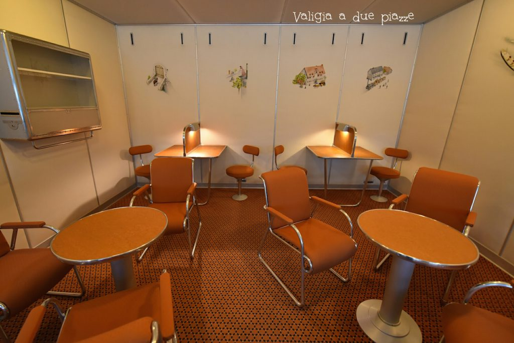 Aree comuni in stile Bauhaus per i passeggeri del dirigibile LZ 129.