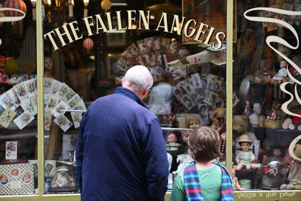 The fallen angels Gand