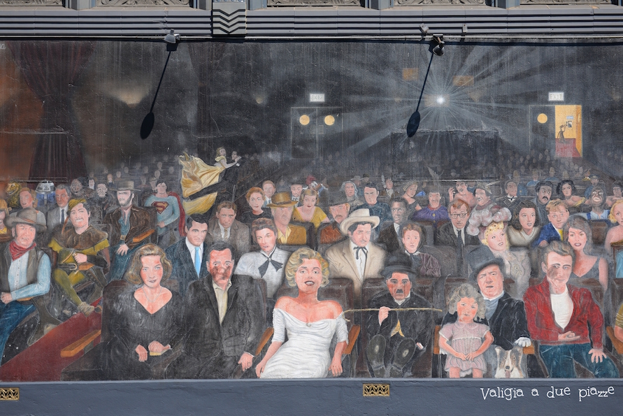 Hollywood murale