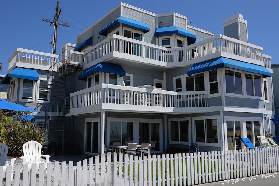 casa di Donna e Kelly sulla spiaggia Hermosa Beach Beverly Hills 90210
