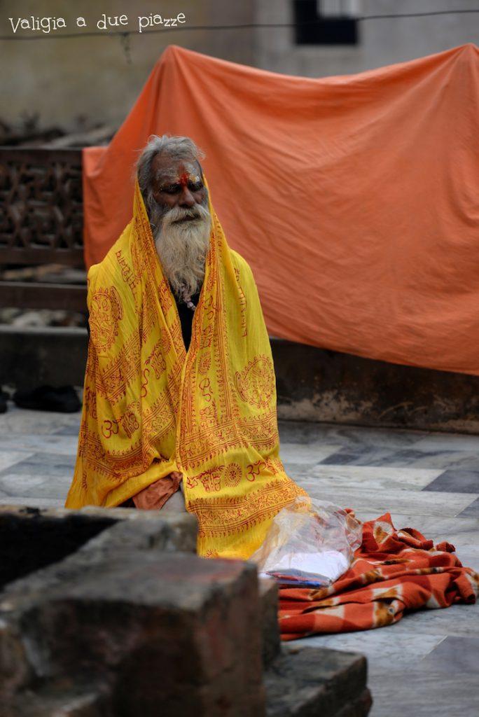 sadhu india varanasi