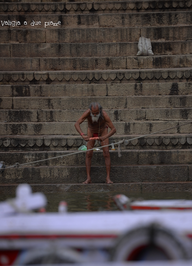 purificazione fiume sacro gange