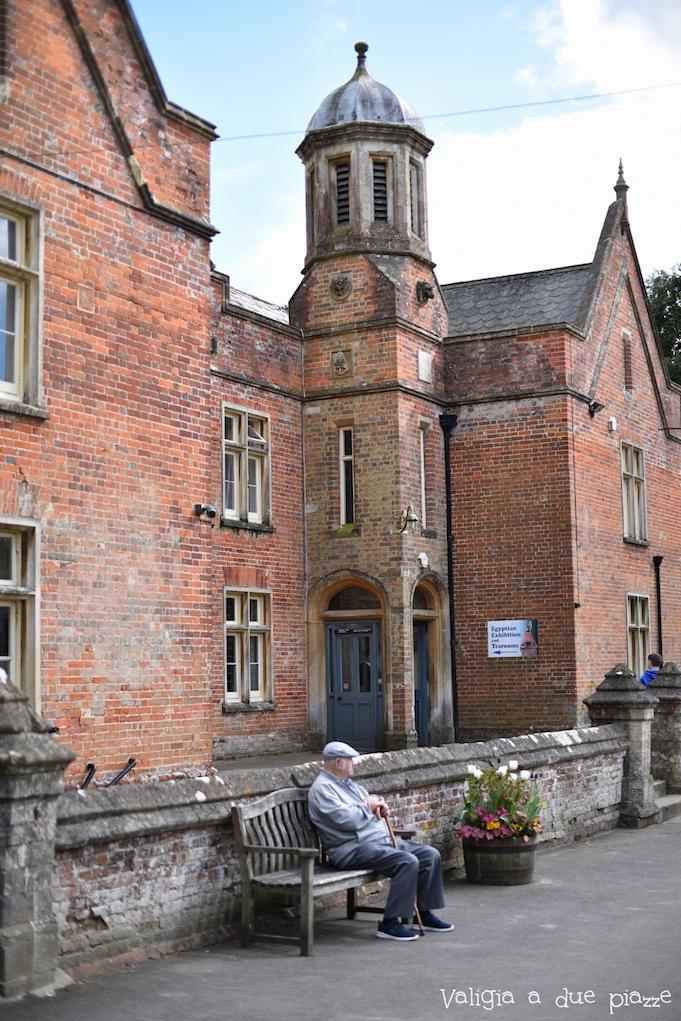 retro servitori downton abbey