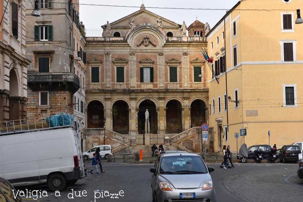 piazza Vittorio Chinatown Roma