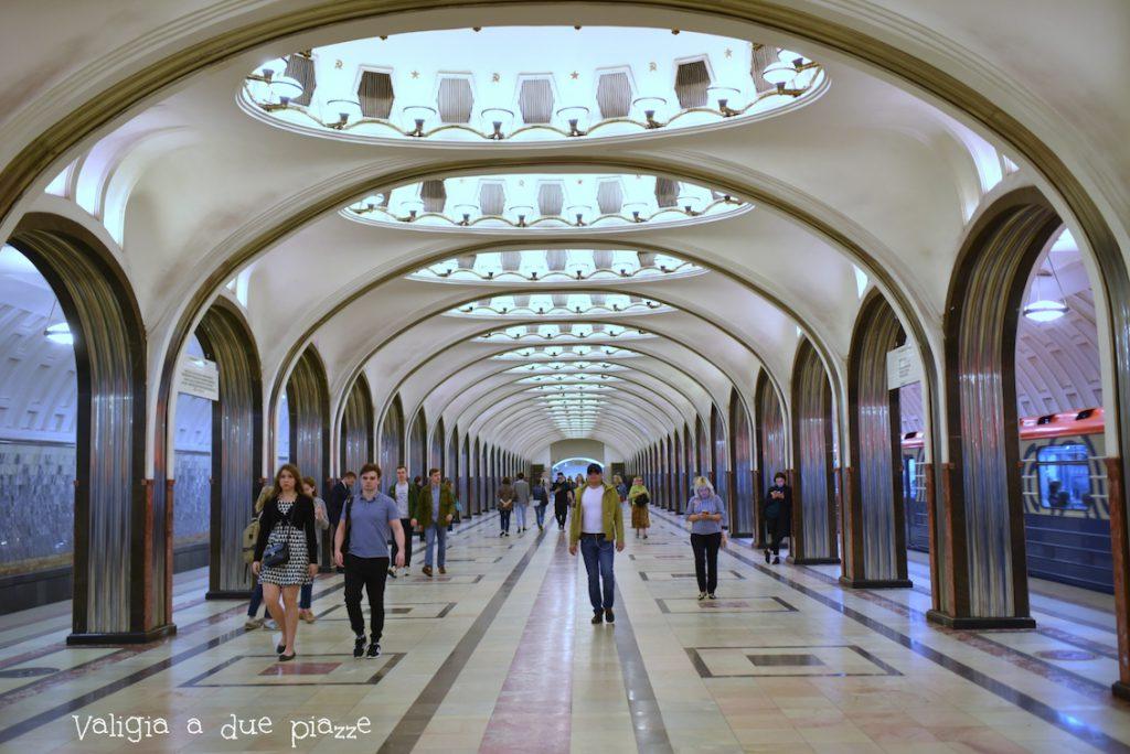 stazioni più belle metropolitana di mosca da non perdere