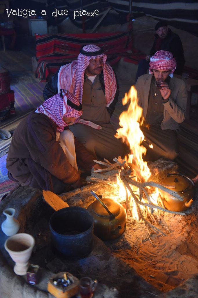 Un tè con i beduini nel Wadi Rum