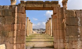 Giordania on the road: come organizzare un viaggio tra Amman, Jerash, Petra, Wadi Rum, Monte Nebo, Madaba, Betania e Mar Morto