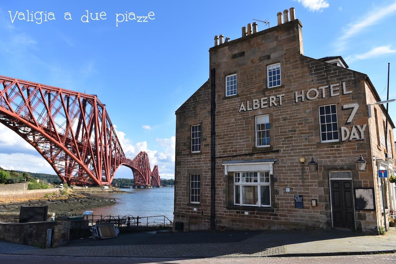 Forth Bridge Firth of Forth Scozia